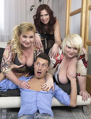 Big Tits Foursome Porn Pictures